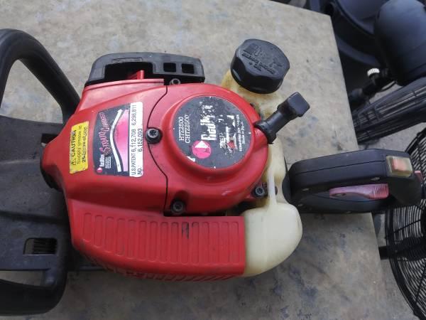 Photo RedMax hedge trimmer - $135 (Saginaw)