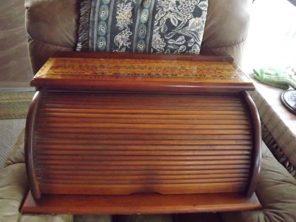 Photo Roll top desk top  yardsticks - $35 (West side of Ann Arbor)