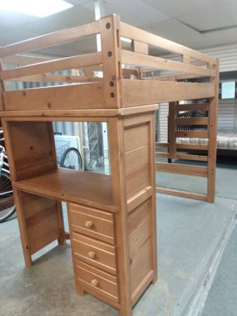 Photo Twin size wooden loft bed with desk - $179 (Bay City)