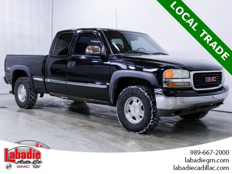 Photo Used 2001 GMC Sierra 1500 4x4 Extended Cab for sale