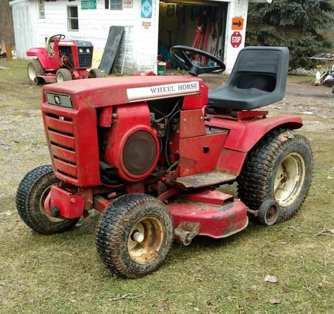 Photo Wheel Horse Garden Tractor - $450 (St. Charles)