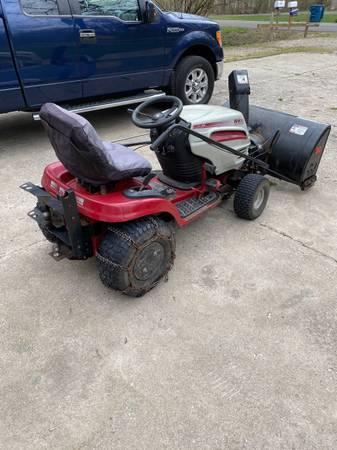 Photo garden tractor for sale - $1,200 (Sanford)