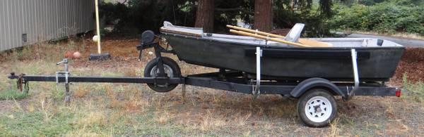 Photo 10 Foot Fiberglass Drift Boat with Trailer FOR SALE - $850 (silverton area)