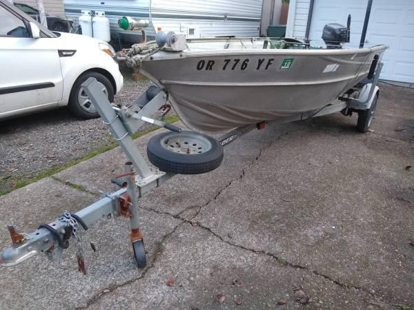 Photo 14 ft Valco Aluminum boat - $1300 (Keizer)