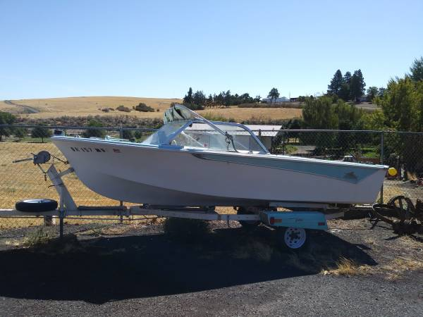 Photo 1961 Sabre Craft 17 foot - $1,250 (Moro, near The Dalles)