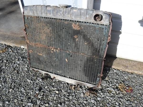 Photo 1967 Ford Galaxie Big Block Radiator core - $75 (Salem, OR)
