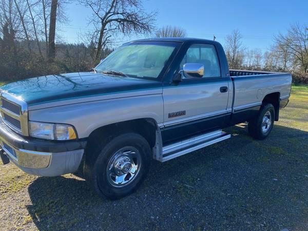 Photo 1994 Dodge 2500 Cummins 12 Valve - $6399 (Salem)