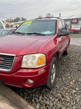 Photo 2002 GMC Envoy 4WD - $1,600 (Salem)