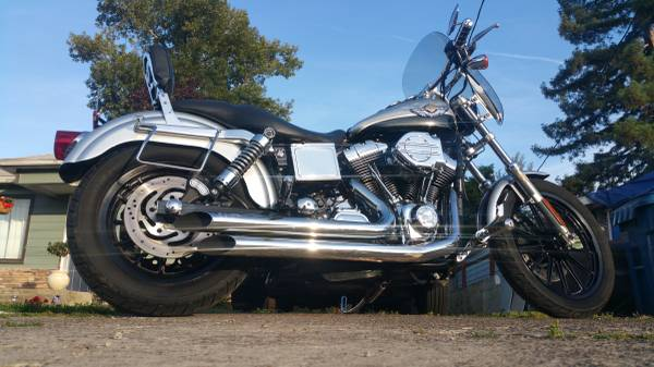 Photo 2003 Harley Dyna Low Rider 100 Year Anniversary Edition - $6,300 (Salem)