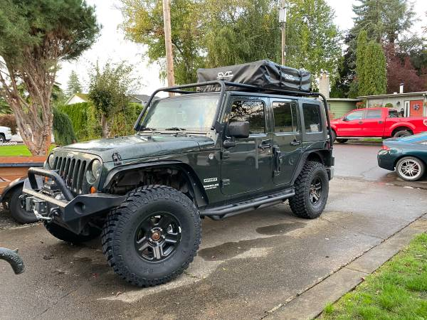 Photo 2010 Jeep Wrangler Unlimited Sport - $23,000
