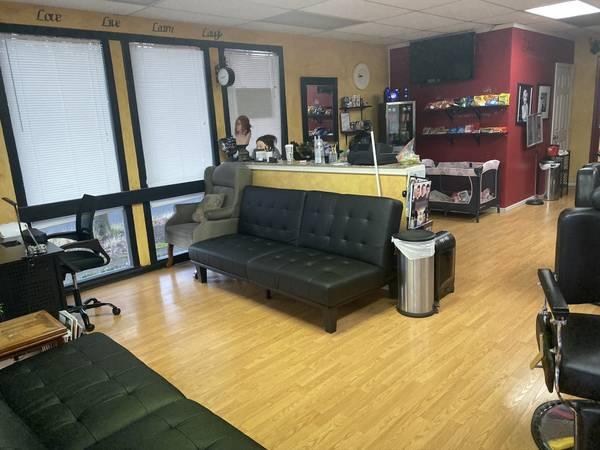 Photo Beauty salon - $35,000 (Salem)