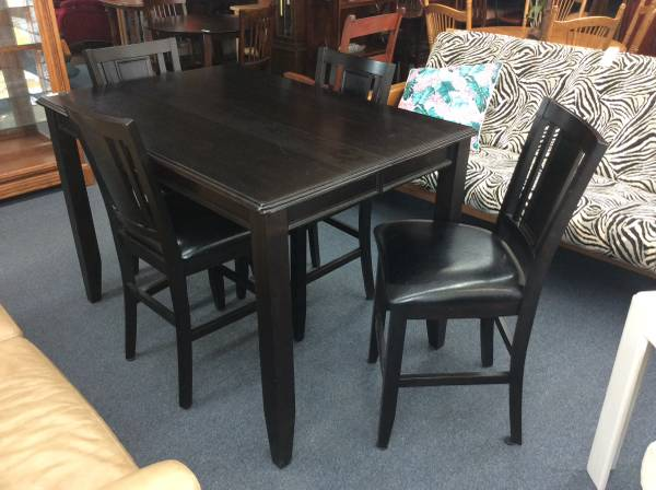 Photo Black Counter-Height Table  4 (King Fisher) - $349 (1415 Liberty St. NE Salem OR)