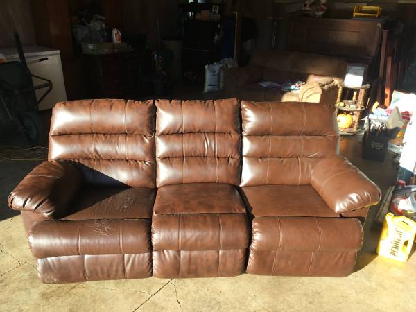 Photo Blended Leather Ashley dual-reclining couch - $125 (Salem or delivery)