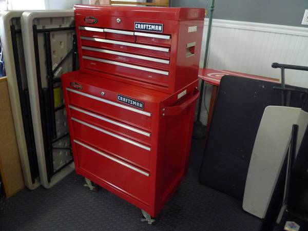 Photo Craftsman Tool Box Chest Red 2PC Like New - $299 (salem)