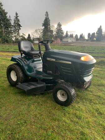 Photo Craftsman riding lawn mower Free delivery - $795 (Salem)
