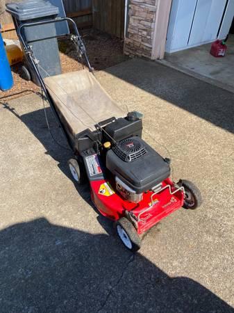 Photo Exmark 21 commercial mower - $450 (South Salem)