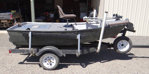 Photo FOR SALE .. Bass , Trout , Pond , River , Lake Fishing Boat - $1,250 (silverton area)