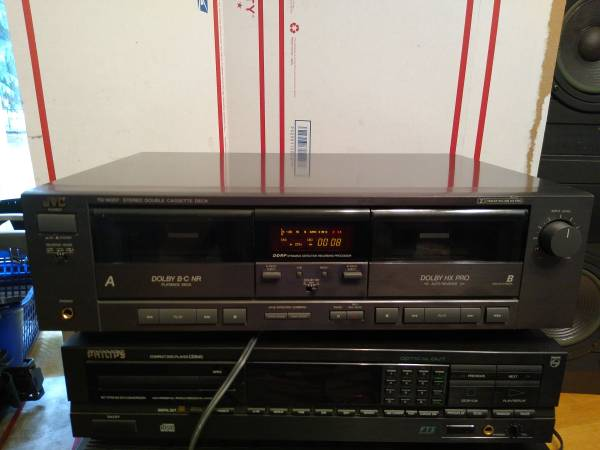Photo JVC Dual Cassette Tape Deck Home Audio Stereo Very Nice - $25 (Salem)
