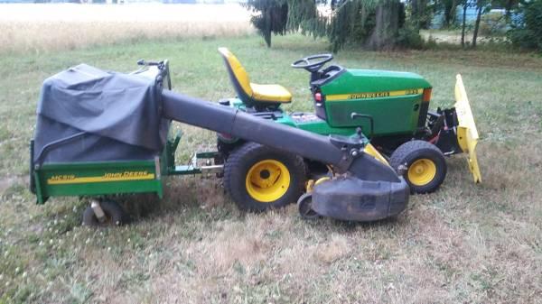 Photo John Deere 445 Garden Tractor 4 Way Blade 60quot Mower  Trailer Bagger - $4,950 (turner)