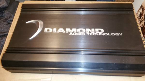 LIKE-NEW-RARE-OLD-SCHOOL (USA MADE) DIAMOND AUDIO D3 400.4 CAR AMP - $200 (Lane)