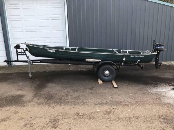 Photo Motorized Coleman Canoe with trailer - $800