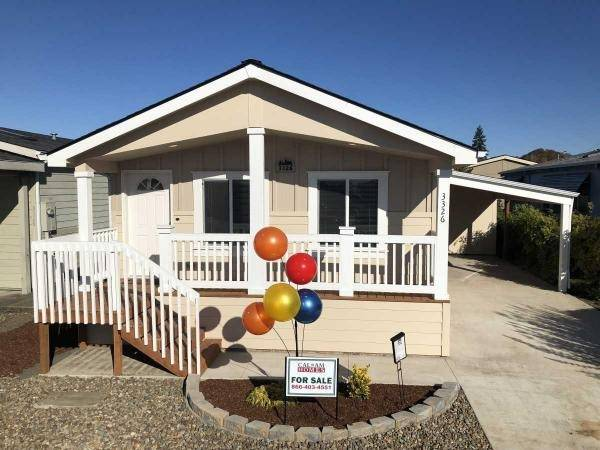 Photo Offering the Best New Manufactured Homes in Salem - Come Today to See (Lakeside Village)
