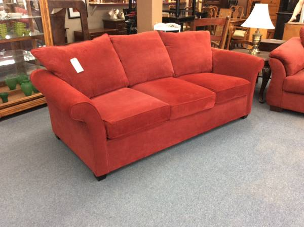 Photo Red Queen Size Sofa Sleeper (King Fisher) - $599 (1415 Liberty St. NE Salem OR)
