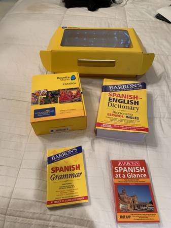 Rosetta Stone espanol teaching set - $100 (Salem)