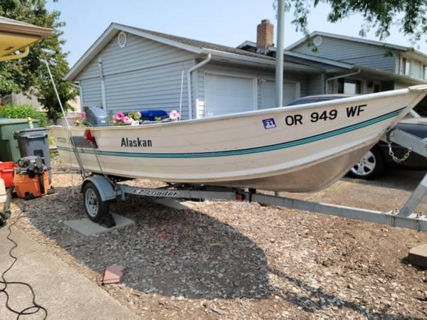 Photo Smoker Craft-Alaskan Boat 15 ft-15 hp Yamaha Motor - $4,500 (Salem)