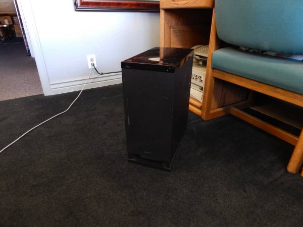 Photo Subwoofer (Sony Model SA-WCT150) - $40 (Salem)
