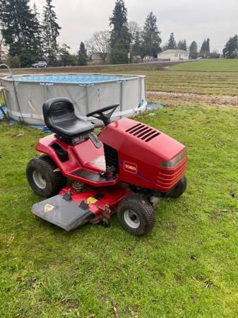 Photo Toro wheel horse riding lawn mower Free delivery - $850 (Salem)