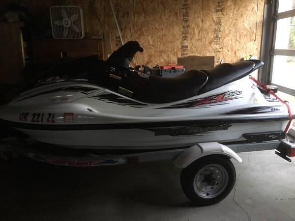 Photo Yamaha Waverunner 1200 3 seater - $3600 (Salem)