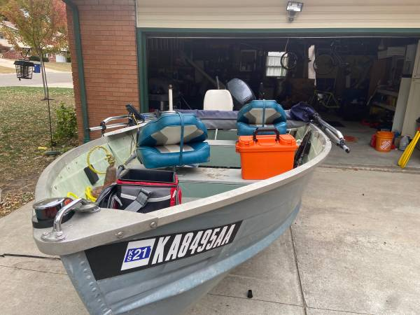 Photo 14 foot Jon Boat - $2,700 (Ozawkie)