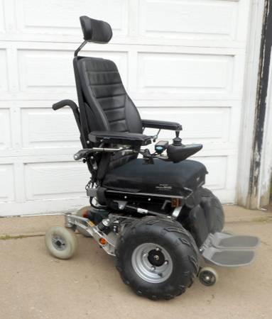 Photo All Terrain Wheelchair-Permobil C300 - $2,600 (Aurora)