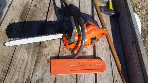 Photo Husqvarna 350 Chainsaw - $230 (CONCORDIA, KS)