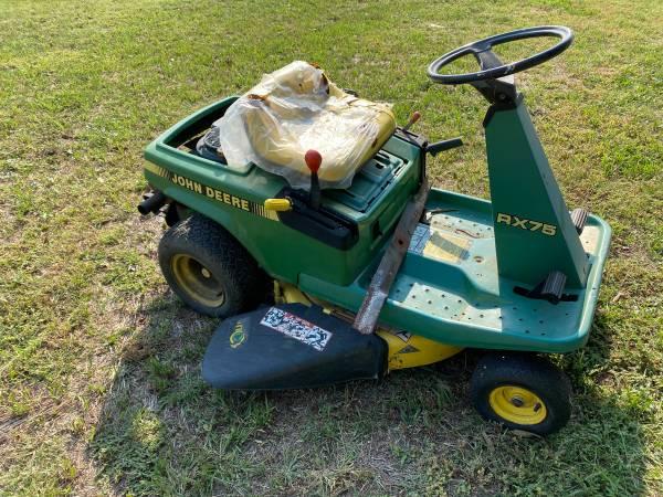 Photo John Deere RX75 Mower - parts - $100 (Beloit)