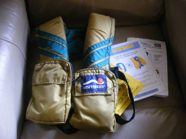 Photo PFD Personal Flotation Device Like new never used - $22 (S E Lincoln)