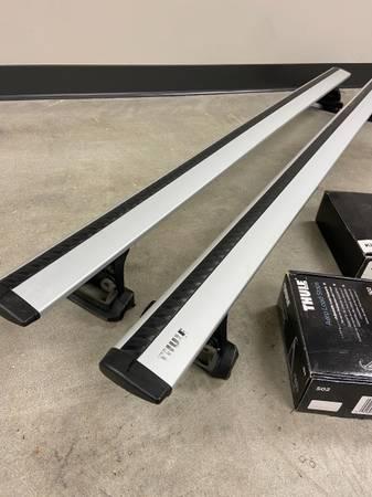 Photo Thule 60 aero bars, mounts, locks and load stops - $300