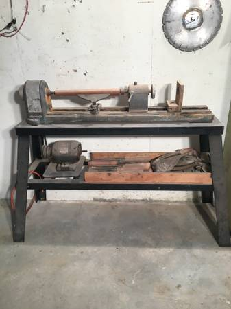 Photo Vintage Craftsman King Seeley Wood Lathe - $420 (Junction City, Kansas)
