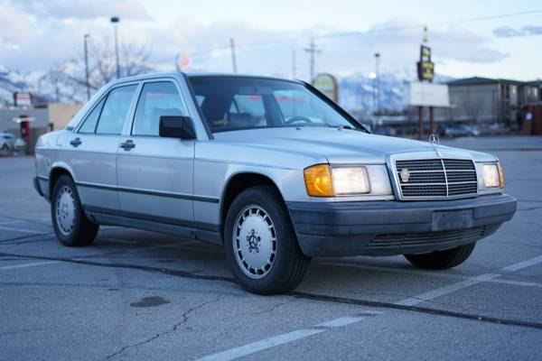 Photo 1988 Mercedes-Benz 190E - $800 (Salt Lake City)