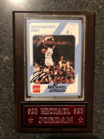 Photo 1989 Signed Michael Jordan North Carolina Basketball Card w COA - $250,000 (Salt Lake City)