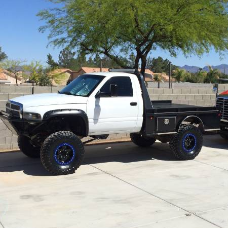 Photo 1995 Dodge 2500 12Valve - $16,000 (Las Vegas)