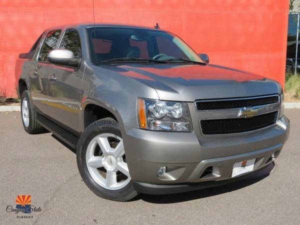 Photo 2008 Chevrolet Chevy Avalanche 4WD CREW CAB 130quot LT W2LT - $15900 (Canyon State Classics)