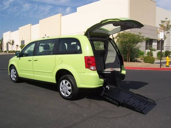 Photo 2014 Dodge Grand Caravan SE Wheelchair Handicap Mobility Van - $14,900 (BEST BUY - AZ Mobility Center)