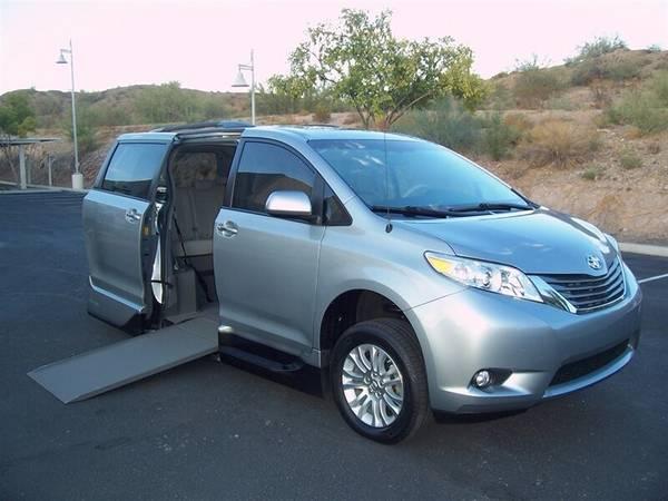Photo 2014 Toyota Sienna XLE Wheelchair Handicap Mobility Van - $32,900 (BEST BUY - AZ Mobility Center)