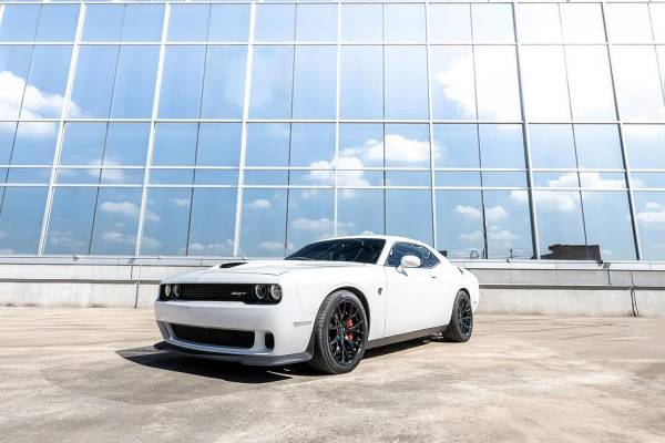Photo 2015 Dodge Challenger SRT Hellcat Supercharged 700HP 6 Speed Manual - $47,950 (FREE SHIPPING NATIONWIDE DELIVERED TO YOUR DOOR)