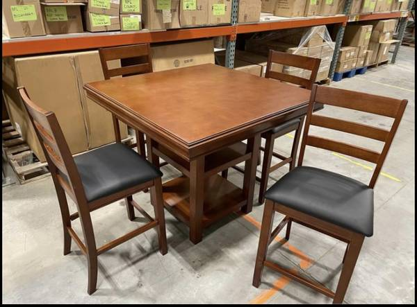 Photo 5 Piece Counter Height Pub Dining Table Set Wood 4 Chairs w 2 Shelves - $200 (West Jordan)