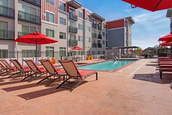 Photo Beautiful shared apartment near Sugarhouse first two weeks free (South Salt Lake)