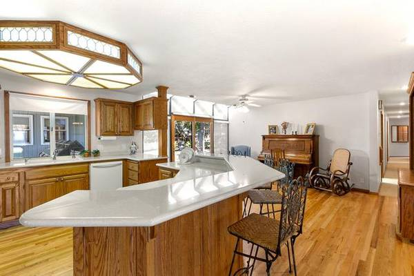 Photo Custom Built - 2 homes connected - Generational living on .64 acre (Boise)