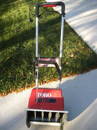 Photo ELECTRIC SNOW BLOWERS - $25 (40 E 350 N, UPSTAIRS, OREM)